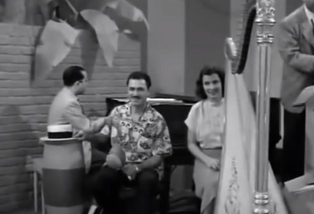 S01 E08 Lady harpist