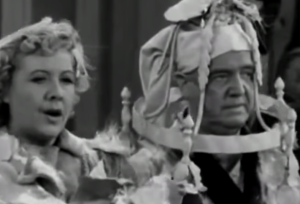 S01 E18 Ceiling falls on Fred and Ethel