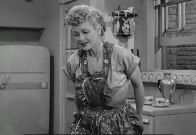 I Love Lucy S02 E6 Lucy in apron