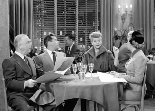 I Love Lucy S02 E21 Dinner